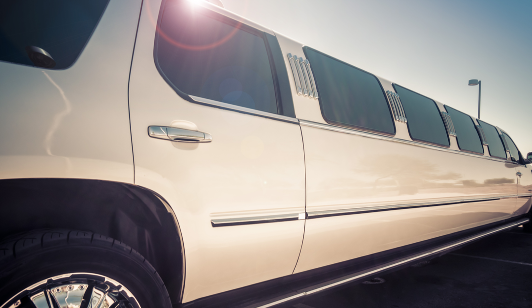 3 Reasons Why You Should Use a Limo Service